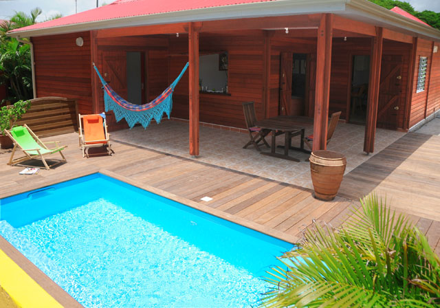 H bergements villa tony anse mancenillier guadeloupe saint for Location villa guyane piscine