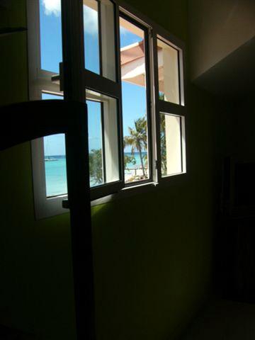 Villa du hamac guadeloupe luxe location for Fenetre villa